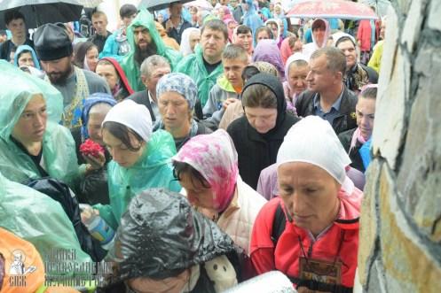 easter_procession_ukraine_pochaev_sr_1448