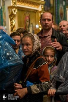easter_procession_ukraine_pochaev_sr_1478