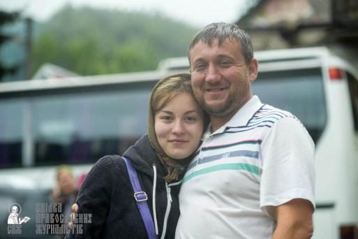 easter_procession_ukraine_pochaev_sr_1496