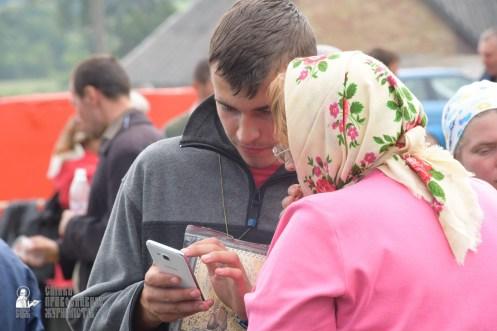 easter_procession_ukraine_sr_0810