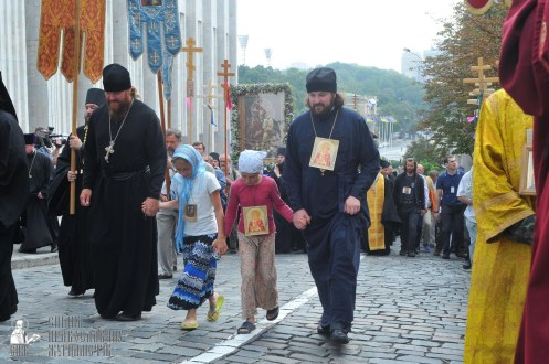 easter_procession_ukraine_an_0122