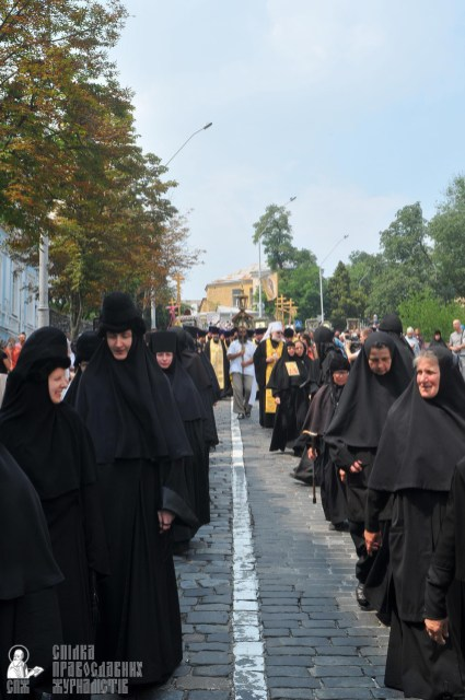 easter_procession_ukraine_an_0198