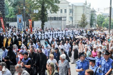 easter_procession_ukraine_an_0218