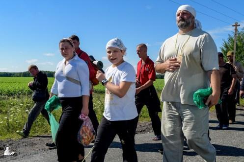 provocation-orthodox-procession_makarov_0427