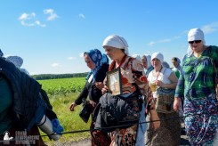provocation-orthodox-procession_makarov_0456