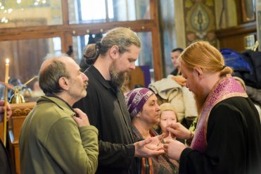 orthodoxy_chrism_iona_0144