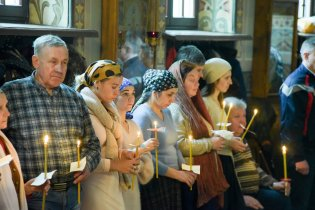 orthodoxy_chrism_iona_0174