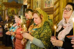 orthodoxy_chrism_iona_0202