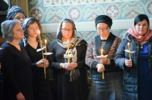 orthodoxy_chrism_iona_0217