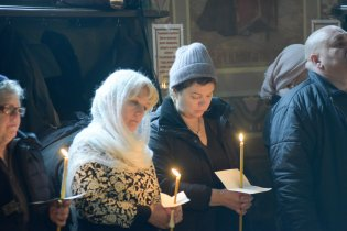 orthodoxy_chrism_iona_0261