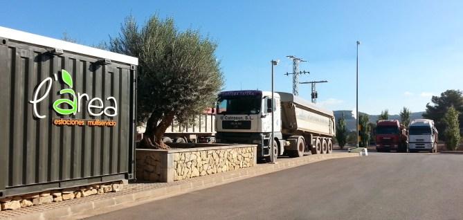 parking-camiones-04
