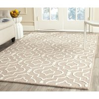 Safavieh Cambridge Collection CAM141J Handmade Moroccan Geometric Beige and Ivory Premium Wool Area Rug (6' x 9')