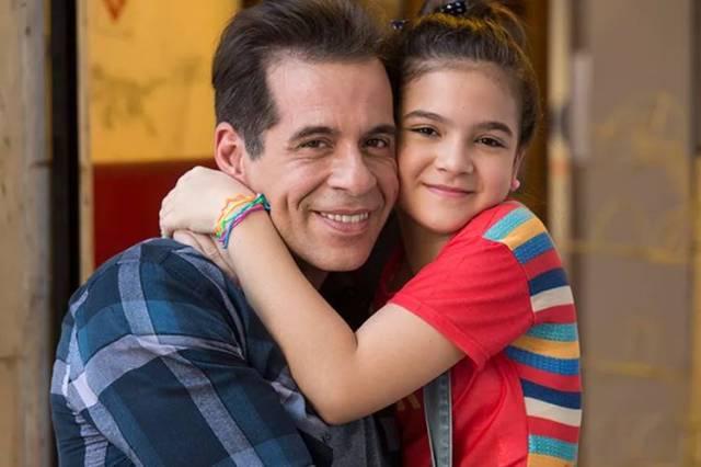 Leandro Hassum e Mel Maia em A Cara do Pai (Reprodução/Gshow)