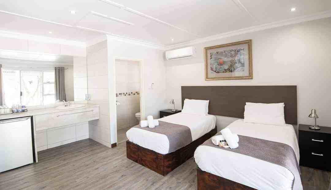 Standard Room | Twin | Bed & Breakfast Accommodation In Windhoek |  Arebbusch Travel Lodge