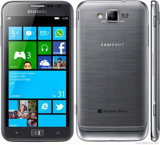 IFA 2012: Samsung aduce primul telefon cu Windows Phone 8