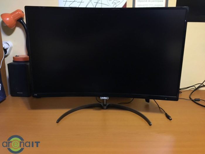 Philips 278E8 - monitor curbat cu panou VA