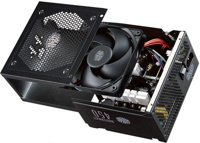 Cooler Master a lansat seria de surse MasterWatt cu cabluri foarte lungi