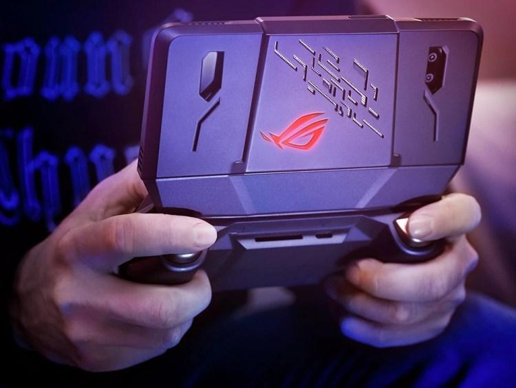 ASUS a lansat un smartphone de gaming din seria Republic of Gamers