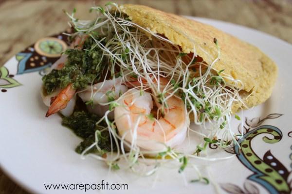 Arepas de Plátano Verde y Coco | arepasfit.com