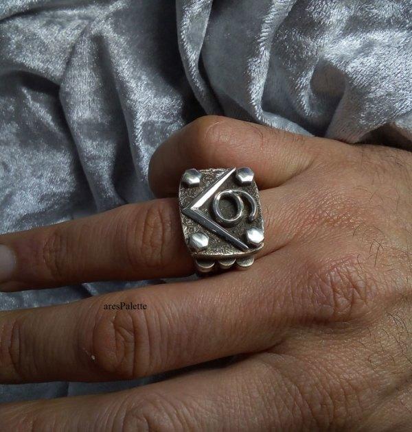 v6 ring v6 engine  v6 engine ring men rings muscle cars car jewelry   arespalette 16