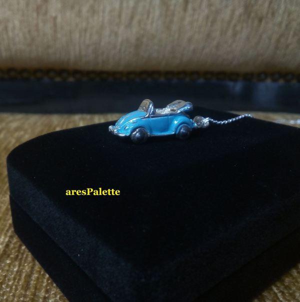 vw cabriolet blue necklace car jewelry 3 min
