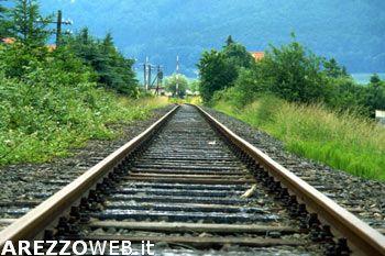 Tragedia a Indicatore, 80enne muore travolto dal treno