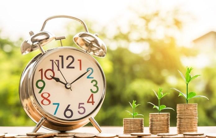 monete - risparmio - sveglia