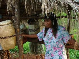 Mujer-Mbya-Guarani-Misiones-1
