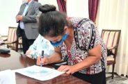 Firma acuerdo1 12 de sept
