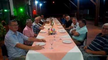 Hector Conte y ex trabajadores de la planta Celulosa Argentina 2020