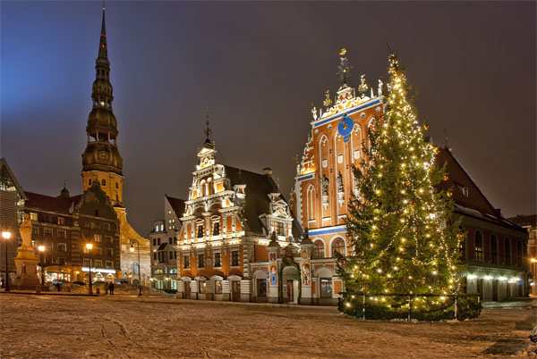 Budapest And Riga Offer Best Christmas Markets In 2013