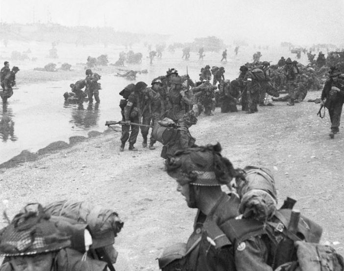 Troops of 3rd Infantry Division on Queen Red beach, Sword area, circa 0845 hrs, 6 June 1944.