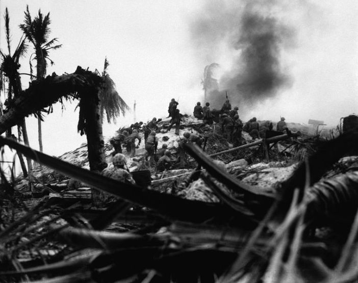 Lt Alexander Bonnyman and his assault party storming a Japanese stronghold. Bonnyman received the Medal of Honor posthumously. (Credits: NARA)