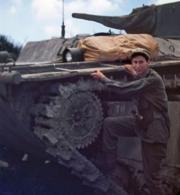Jerry and an LVT(A)-4 Amtank on Okinawa, 1945. (Credits: Michael Smith)
