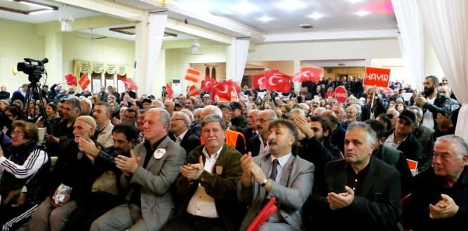 Süheyl Batum ve Metin Feyzioğlu Salonlara Sığmadı