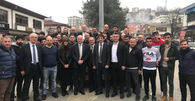 CHP Genel Başkan Yardımcısı Yunus Emre Arhavi CHP Seçim Koordinasyon Merkezini Ziyaret Etti