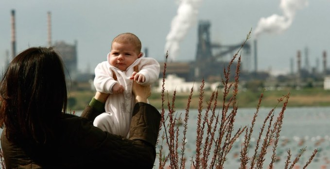 Air Pollution Induces Subclinical Structural Changes in Children s Brains