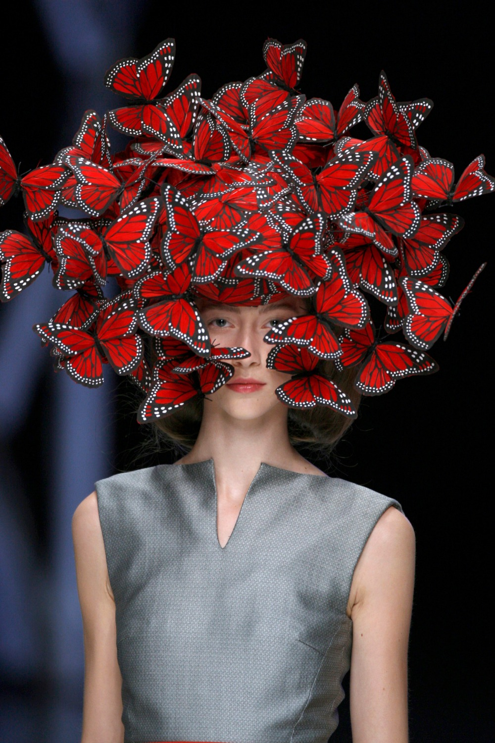 Butterfly headdress of hand painted turkey feathers Philip Treacy for Alexander McQueen, La Dame Bleu Spring Summer 2008 © Anthea Simms