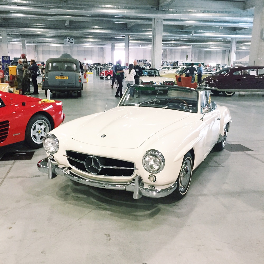 How beautiful is this ride? Vintage Mercedes SL, oh and it's in white...