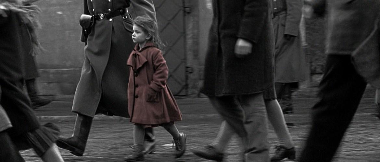 Fotogramma del film di Steven Spielberg, Schindler's List.