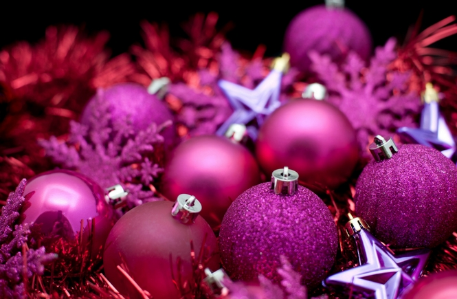 Glam Christmas Decor Shopping List - Pink