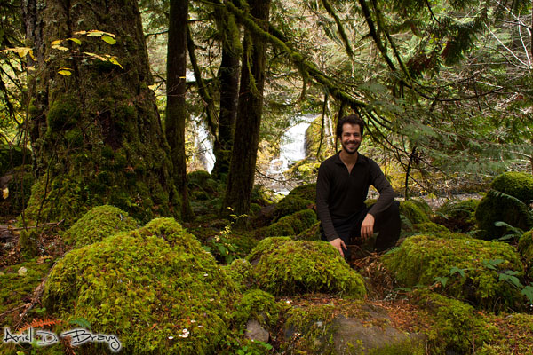 So happy to feel at home amongst the moss and greenery!!