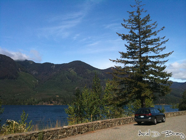 Driving past Cle Elum Lake