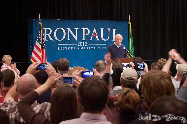 Ron Paul speaking before thousands of Seattleites
