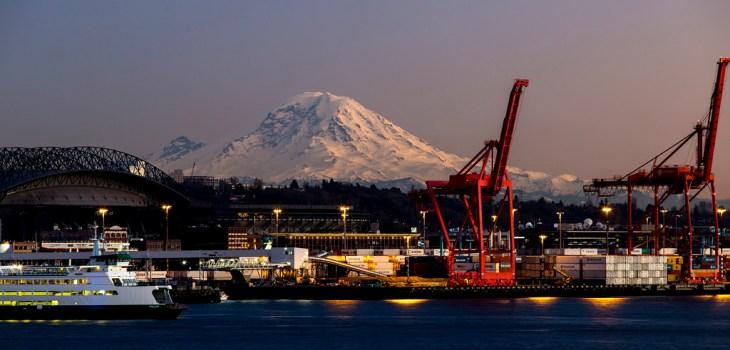 Mt Rainier and Pier 66