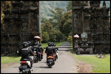 PCX Luxurious Trip 23 P7