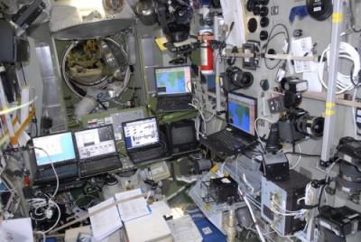 Ordinateur à bord de l'ISS pour la transmission des images SSTV