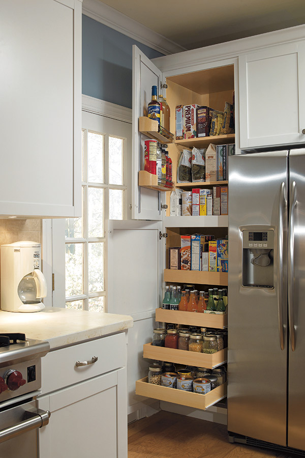 24 Pantry SuperCabinet Aristokraft Cabinetry
