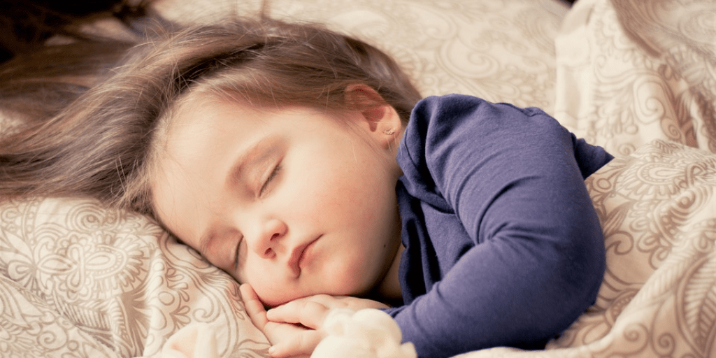 Sleeping child - 4 ways to calm your child at night