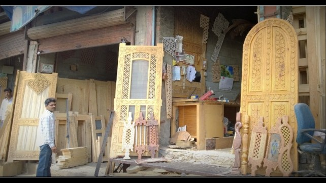 Kashmiri Wood Craft (6)